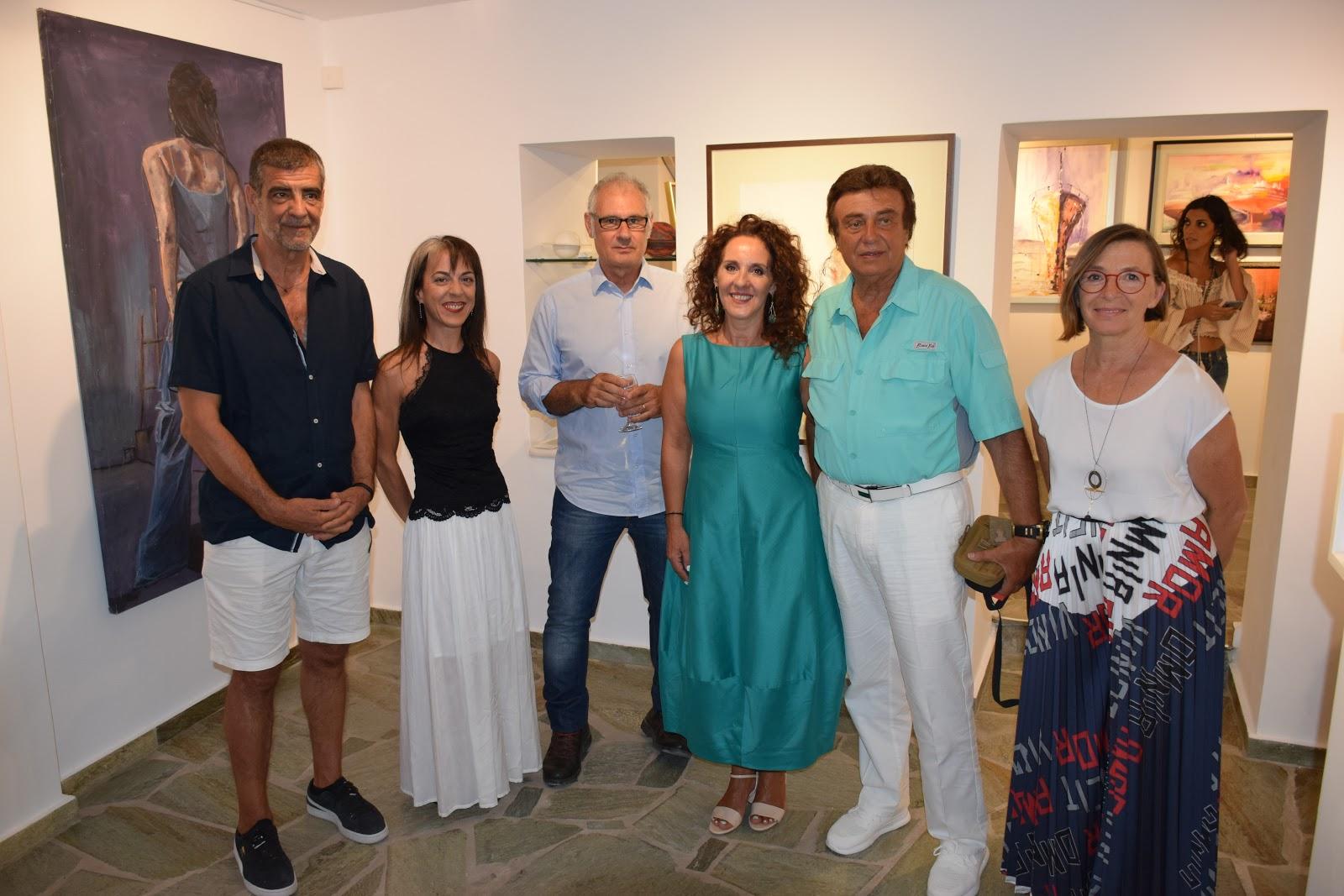 δelta art gallery opening - artists